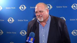 Executive Praises Shen Yun's Mission: 'That's a Very Valiant Move and I Really Applaud Them for Doing That'