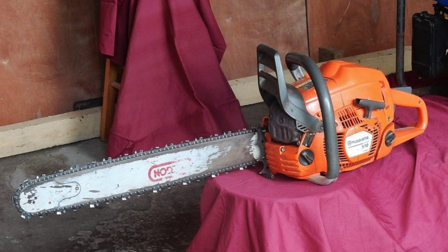 Grandfather Drives Himself to Hospital After Splitting Face In Two With Chainsaw