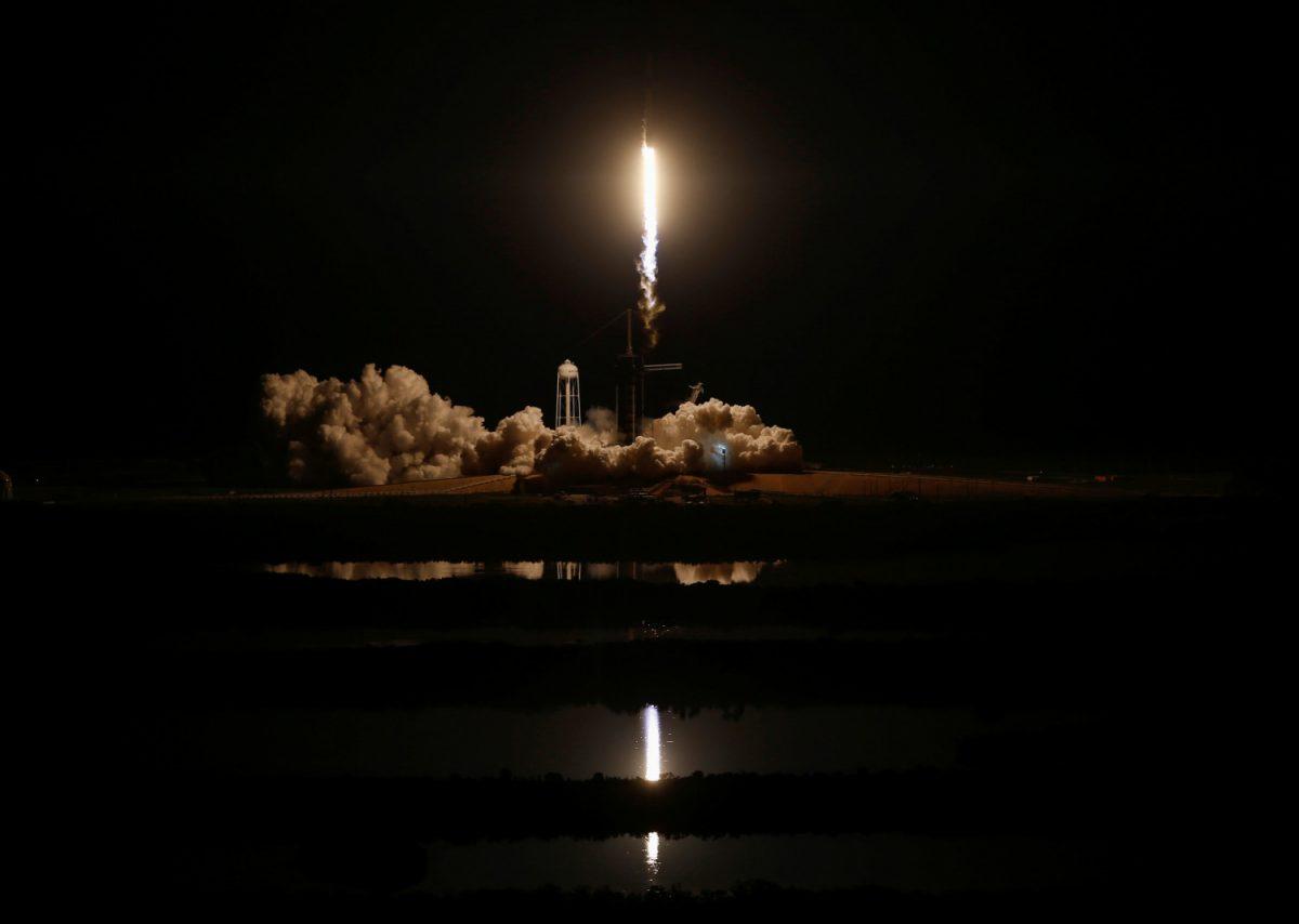 NASA SpaceX dragon capsule 6