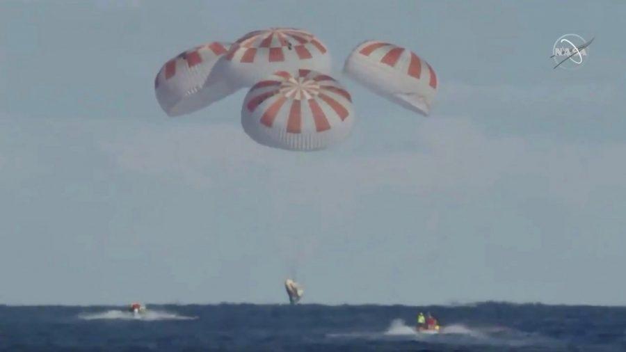 Elon Musk's SpaceX Capsule Splashes Down Off Florida Coast