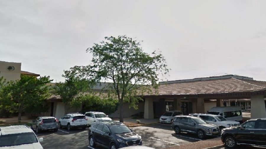 DoubleTree Apologizes, Fires Two Employees Over Refusal to