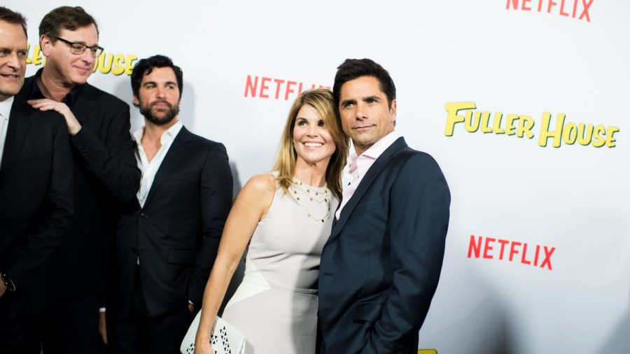 Lori Loughlin Reportedly Dropped From 'Aunt Becky' Role in 'Fuller House'