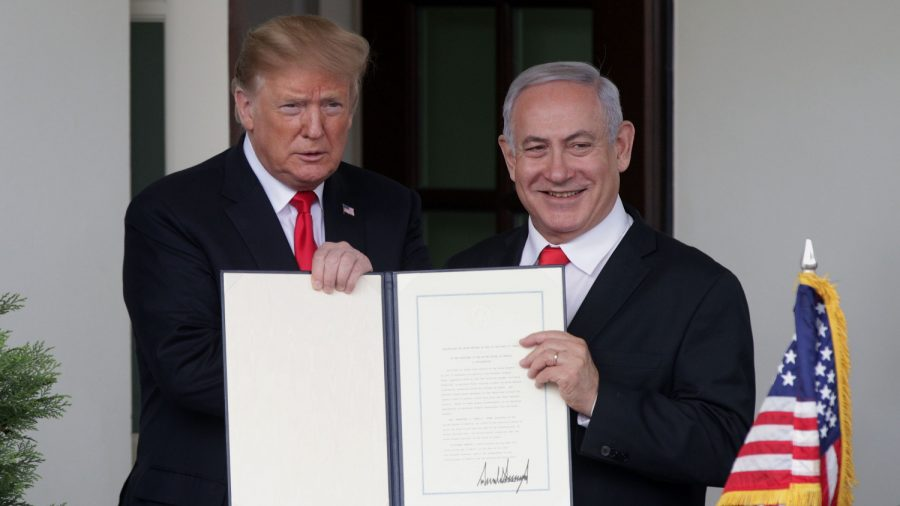 Trump Says He Doesn't Believe Israel Spied on US After Spy Device Claims