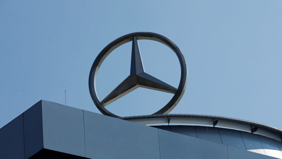 Daimler Suspends Mercedes Franchise in China After Customer Complaint Goes Viral