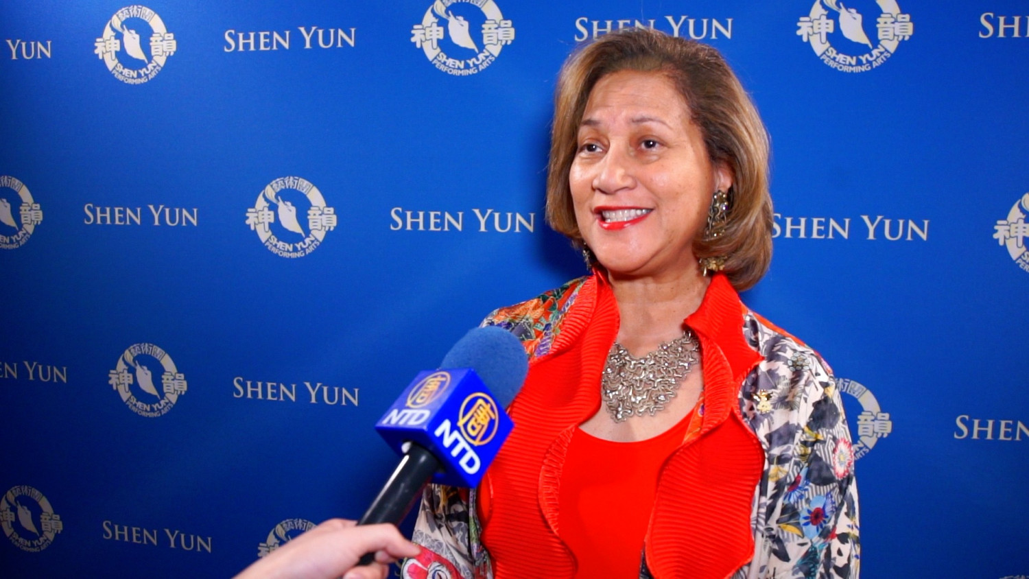 CEO Returns to See Shen Yun for the Fourth Time