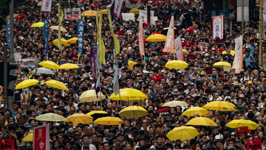 Over 130,000 Protest China Extradition Amendments