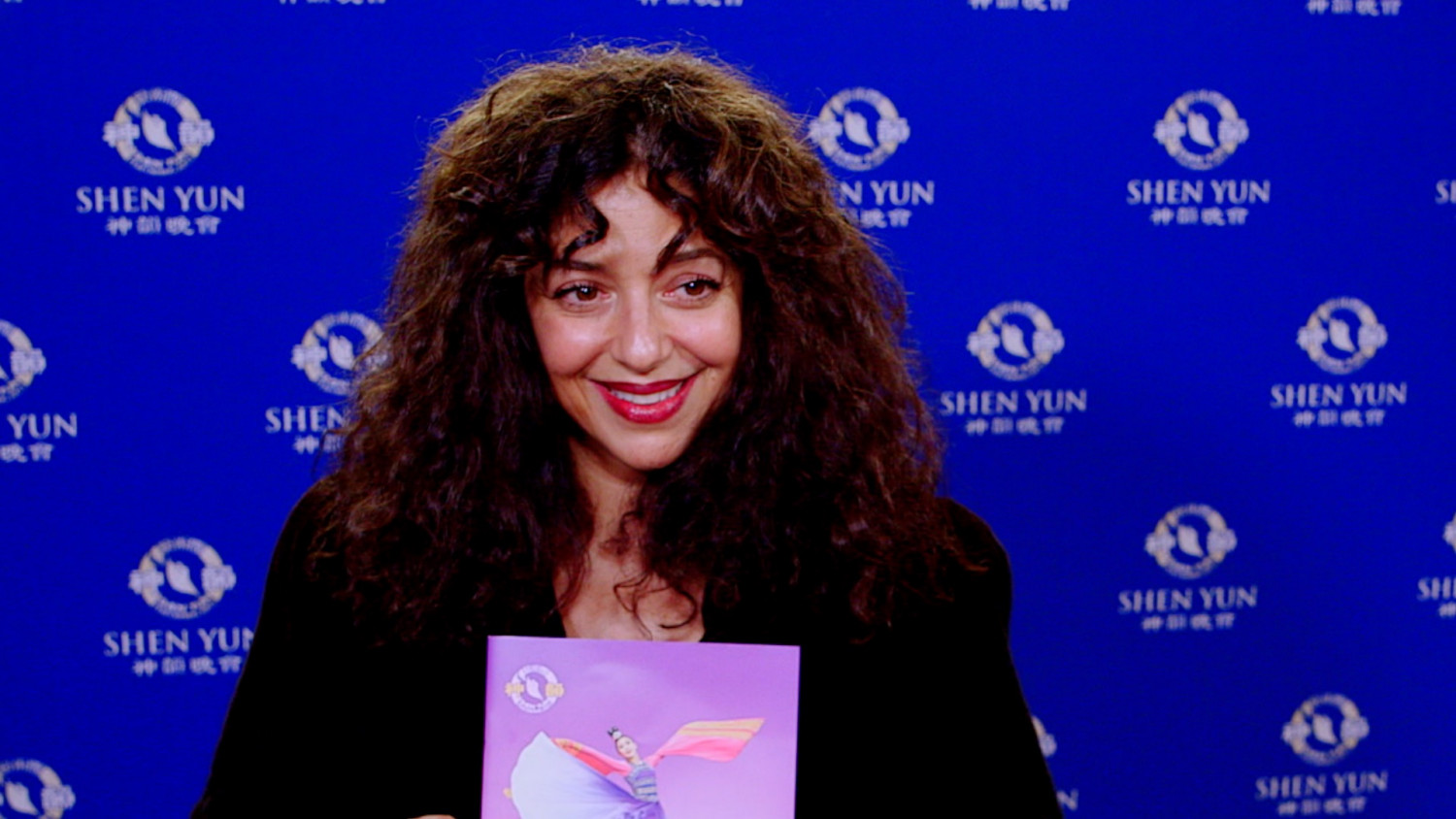 Canadian Artists Mesmerize by Shen Yun's Perfection