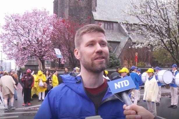 Olli Törmä at Falun Dafa Parade