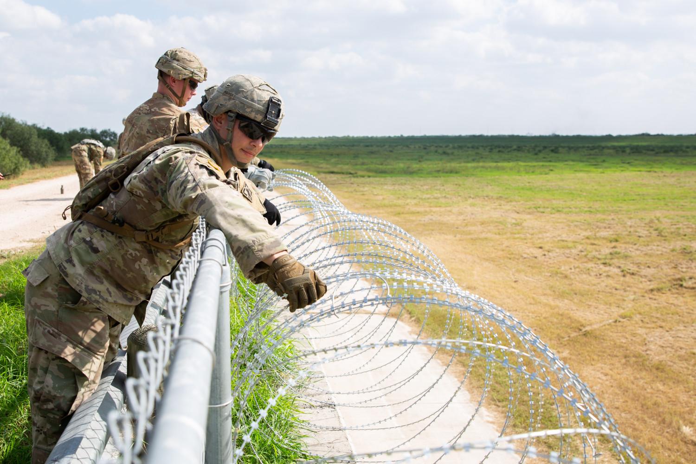 The U.S. military installs concertina wire