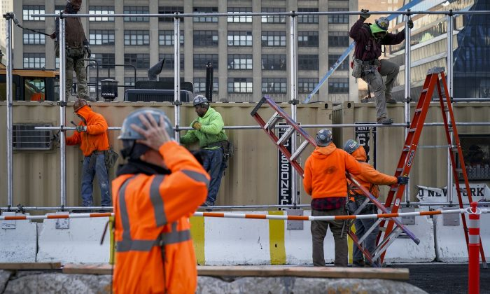 Vast Majority of Construction Firms Struggling to Hire Hourly Craft Workers