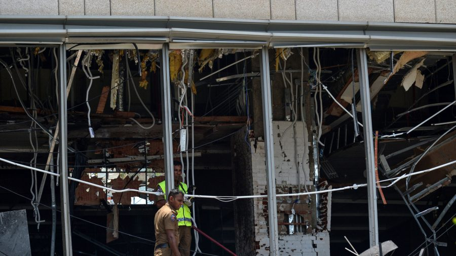 Father Had to Make Heartbreaking Choice on Which Child to Save After Sri Lanka Bombings