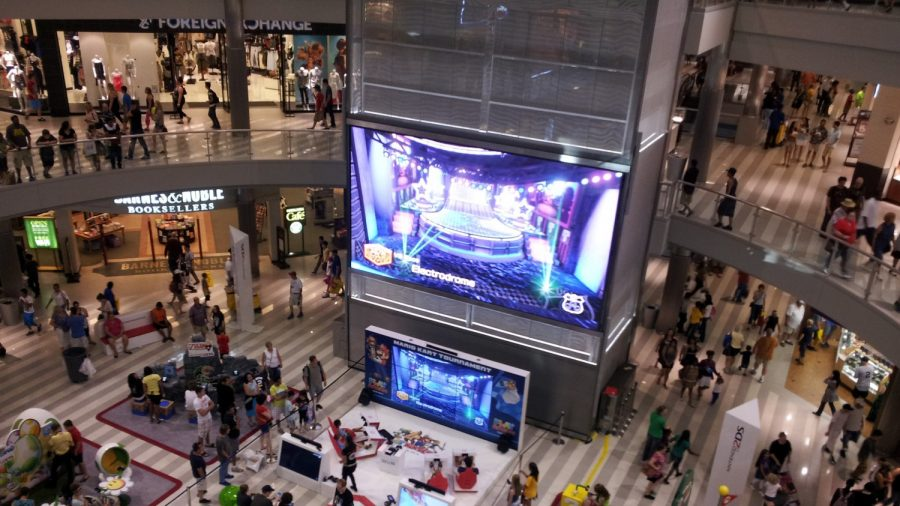 Chief: Boy Thrown From Mall of America Balcony Being Treated