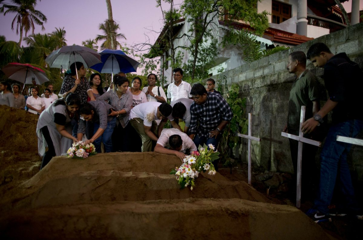 sri lankan mourners