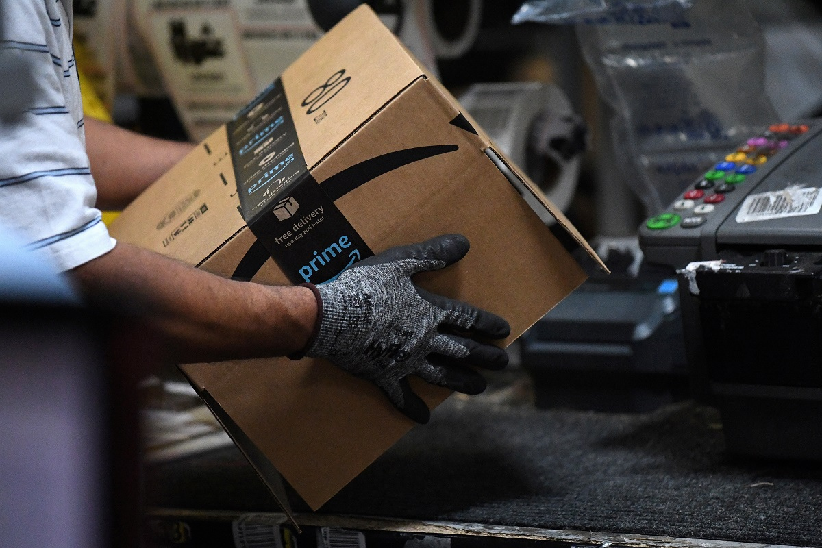 Amazon to Send Employees in Need of Cancer Treatment to California