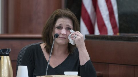 Mom of 5 Slain Children Sobs on Stand at Ex-Husband's Trial