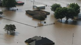 Mississippi River Flood Threatens Midwest as It Nears Historic Levels