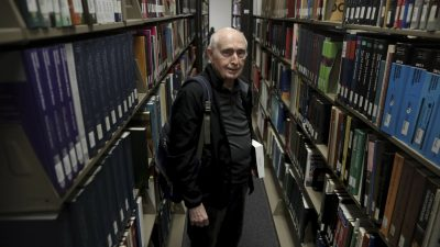 90-Year-Old to Become Northeastern Illinois' Oldest Graduate