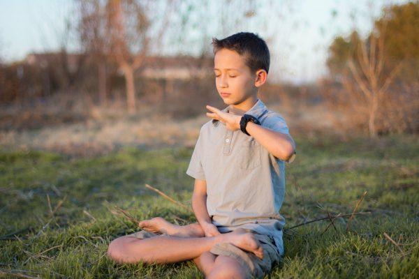 Autism kid cured by Falun Dafa