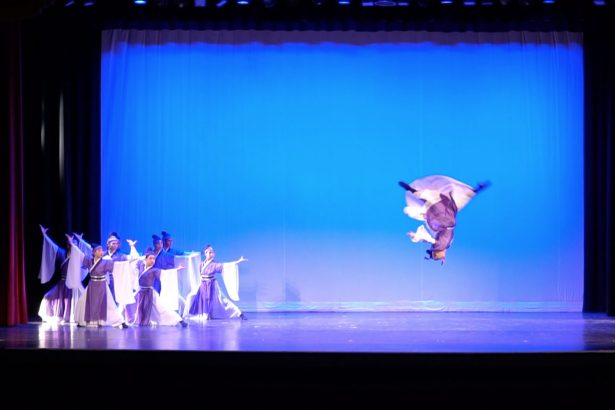 Traditional Dance Performance Wows Audiences in New York