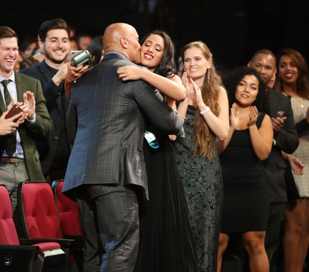 Actor Dwayne Johnson (L) and Simone Alexandra Johnson attend the People's Choice Awards 2017