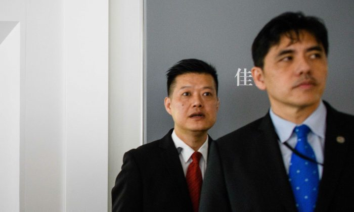 Former CIA Officer Pleads Guilty to Spying for China