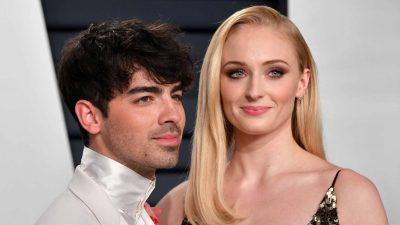 Joe Jonas and Sophie Turner Married by Elvis Impersonator in Las Vegas