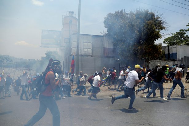 Venezuelas Guaido march 1