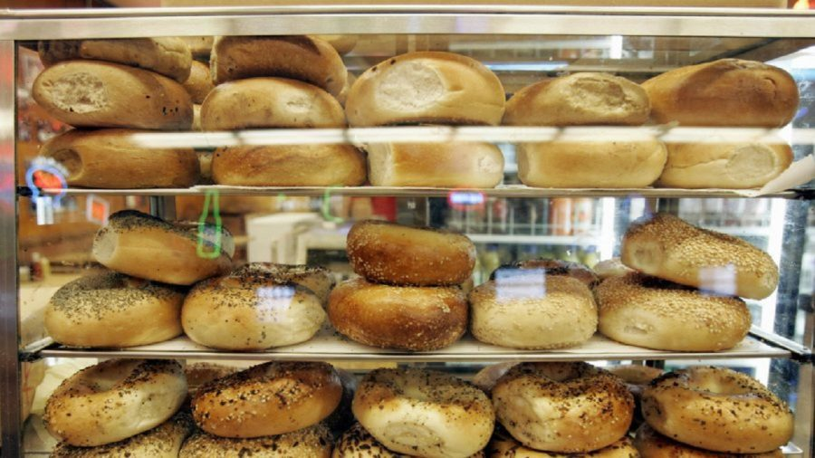NY mom fails drug test after eating poppyseed bagel before giving birth