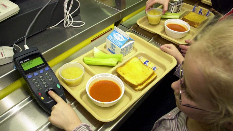 Minnesota Student's Suitable School Lunch Turns out to Be a 'Sad Excuse for a Meal'