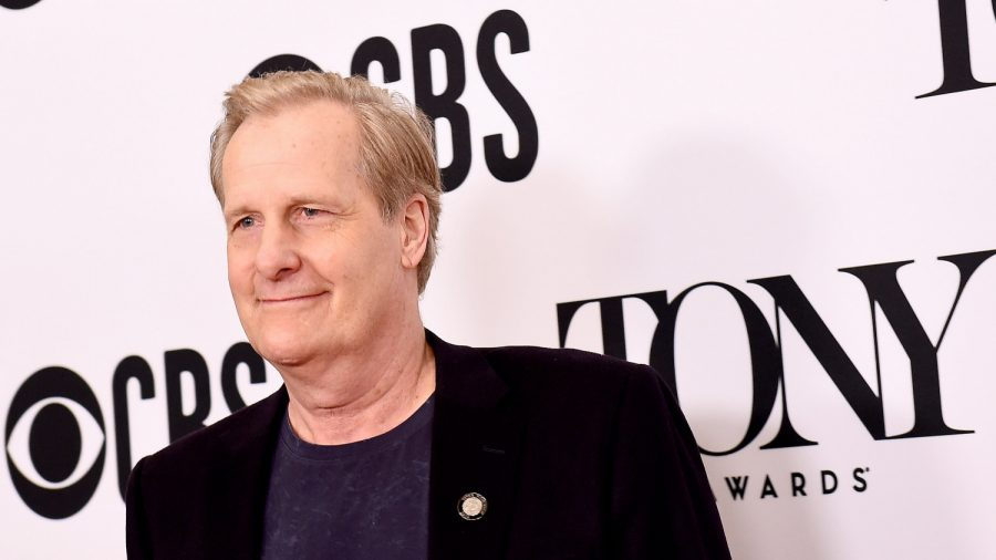 Actor Jeff Daniels Claims Democracy Will End if Trump is Re-Elected