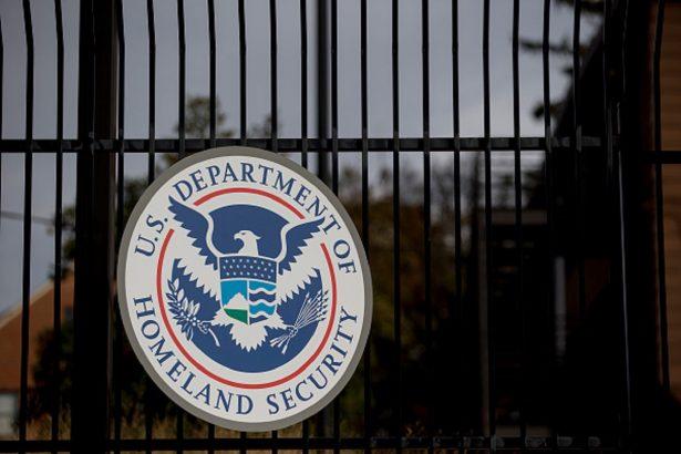 TSA to Deploy Hundreds, Including Air Marshals, to Border