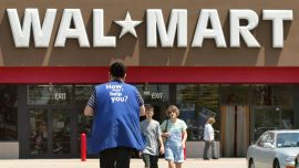 Walmart's Store Managers Make $175,000 a Year on Average