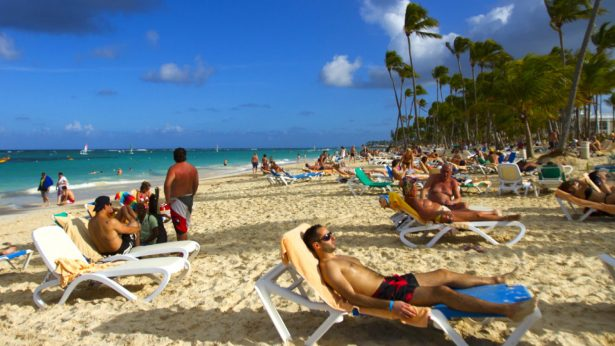 Group of American Teens Fall Ill at Same Dominican Republic Resort Where 2 Have Died
