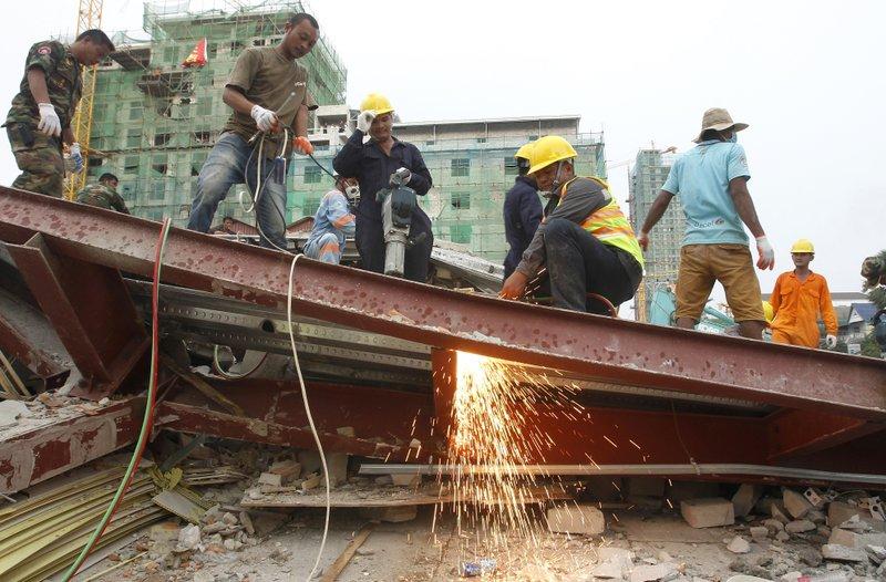 Building collapse Cambodia 1