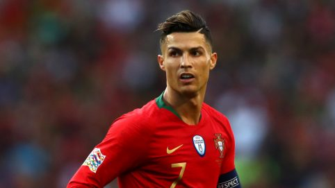 Cristiano Ronaldo Leaves Hotel Staff Massive Tip for Keeping the Paparazzi Away