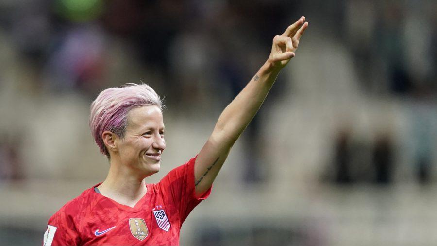 US Women's Soccer Team Captain Megan Rapinoe Felt 'Pride' While Kneeling During Anthem
