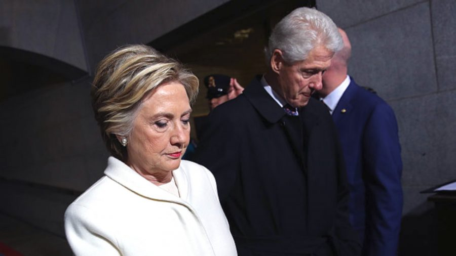 Broadway Play About Bill and Hilary Clinton Will Close Early Due to Low Ticket Sales