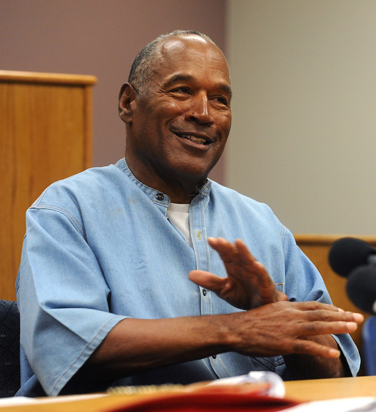OJ Simpson charged with murder 1