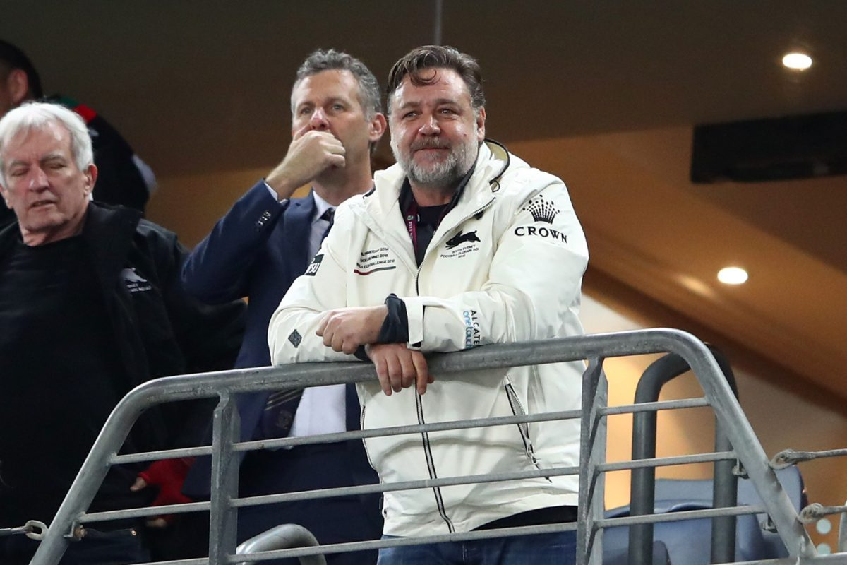 Russell Crowe watches NFL match