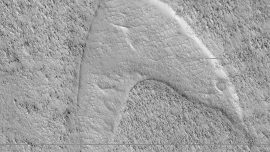 NASA Orbiter Spots 'Star Trek' Symbol on Mars