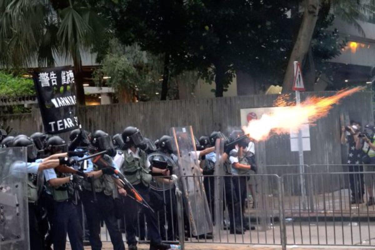 hong-kong-extradition-strike--600x400