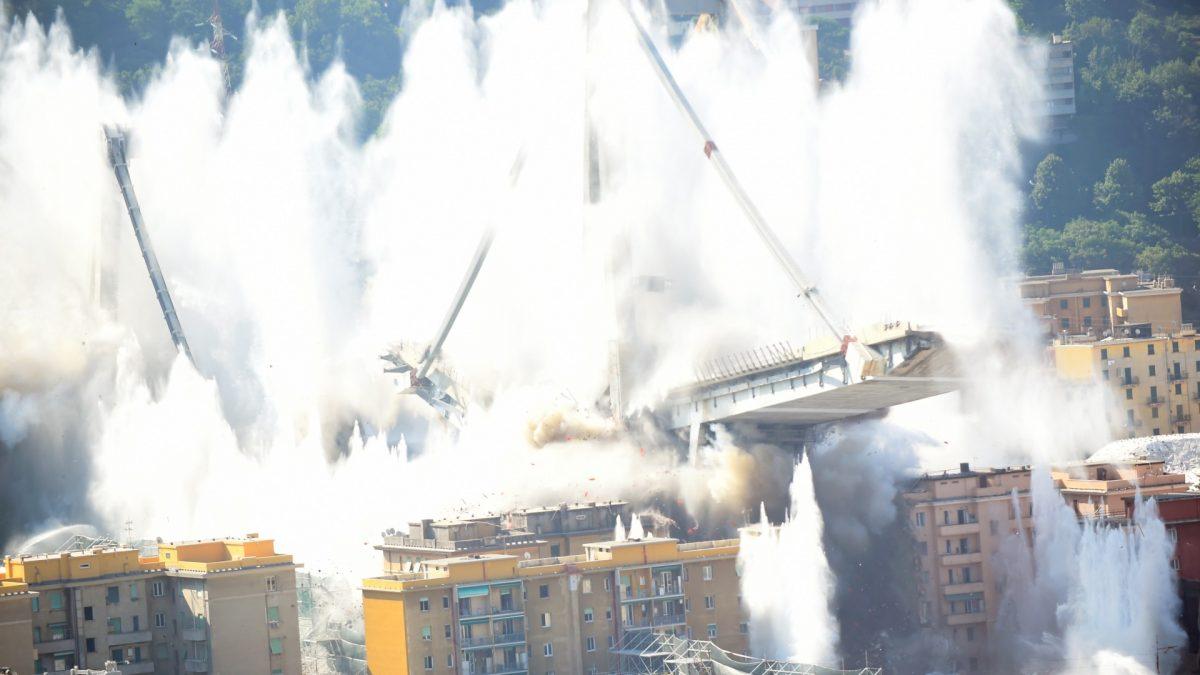 italian Bridge collapse 1