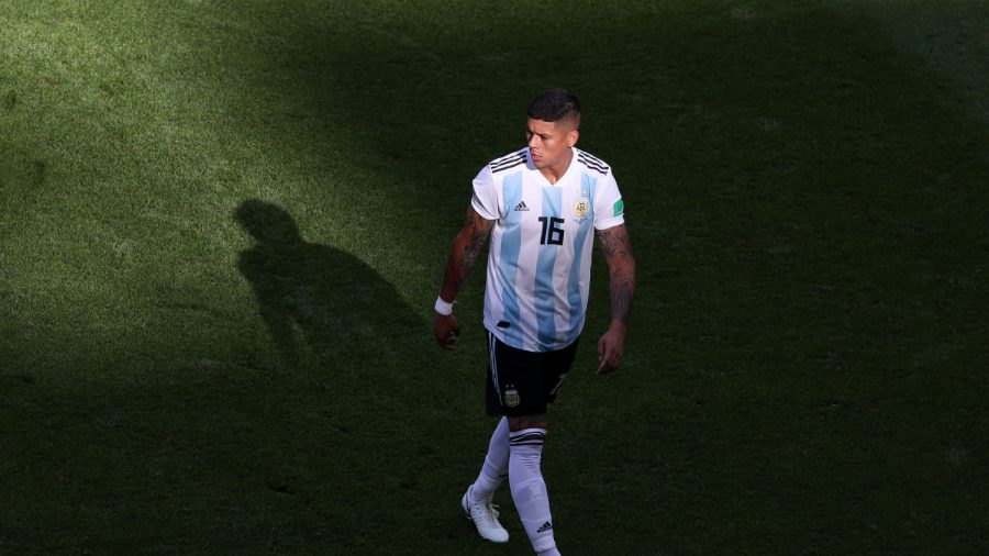 Manchester United Star Marcos Rojo Flees Dominican Republic Hotel Where Two Tourists Died