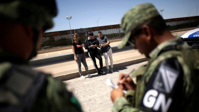 Mexico Sends Almost 15,000 Troops to US-Mexico Border to Curb Illegal Immigration