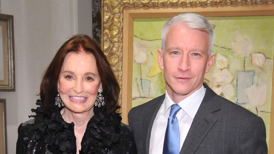 Anderson Cooper to Inherit Less Than $1.5 Million From Gloria Vanderbilt: Report