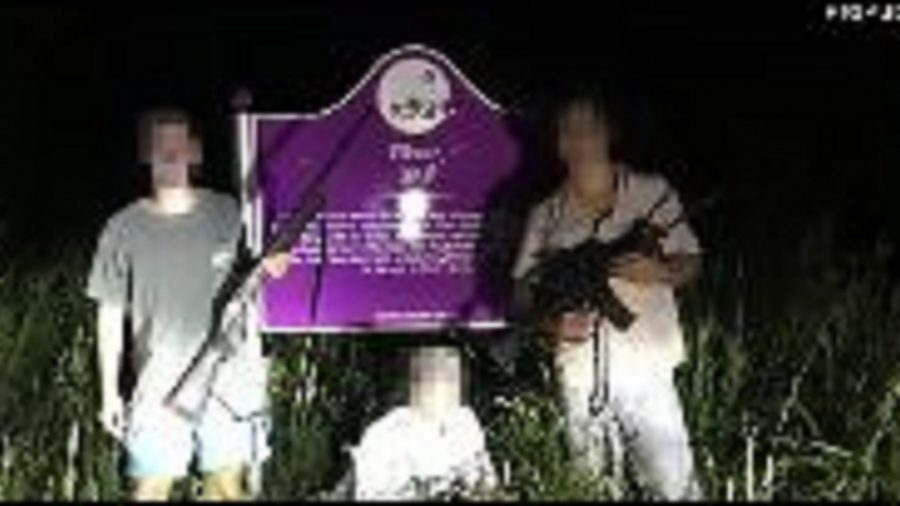 DOJ Investigating Three College Students Who Posed With Guns in Front of Emmett Till Memorial