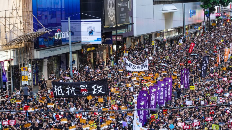 Over Half Million March in Hong Kong to Protest Extradition Bill