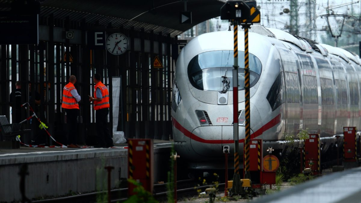 Frankfurt train station homicide 7