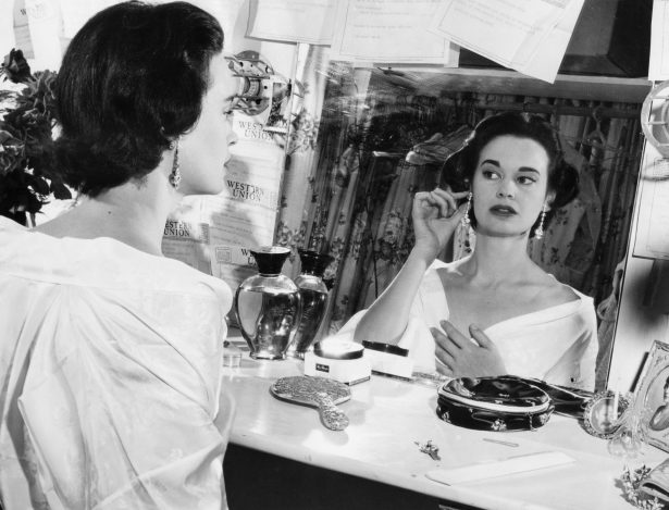 File photo of US actress and fashion designer Gloria Vanderbilt from Aug. 23, 1954.