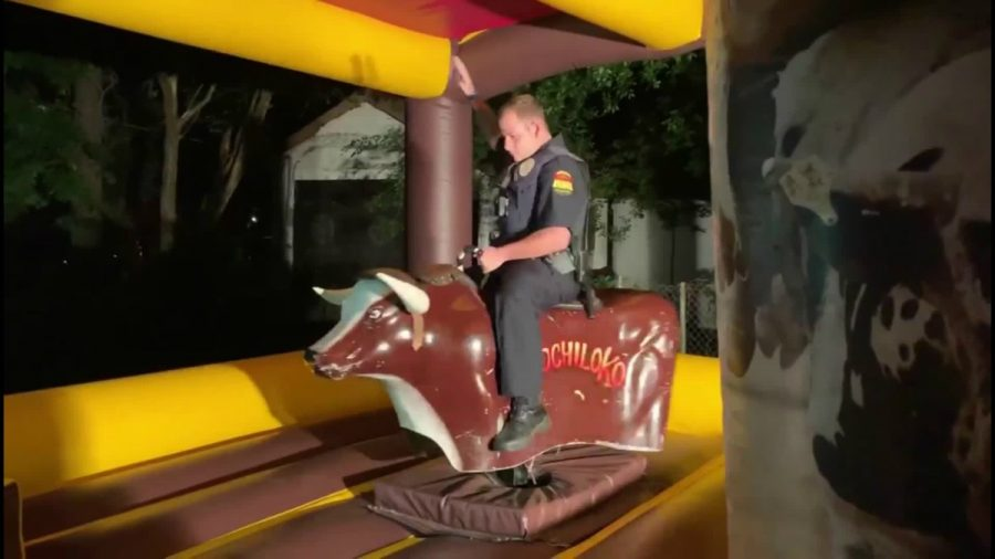 Texas Police Officer Responds to Noise Complaint and Winds up Riding Mechanical Bull